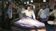 """""""Der erste Thunfisch ist der beste"""". Dafür zahlt Kiyoshi Kimura fast jeden Preis."""