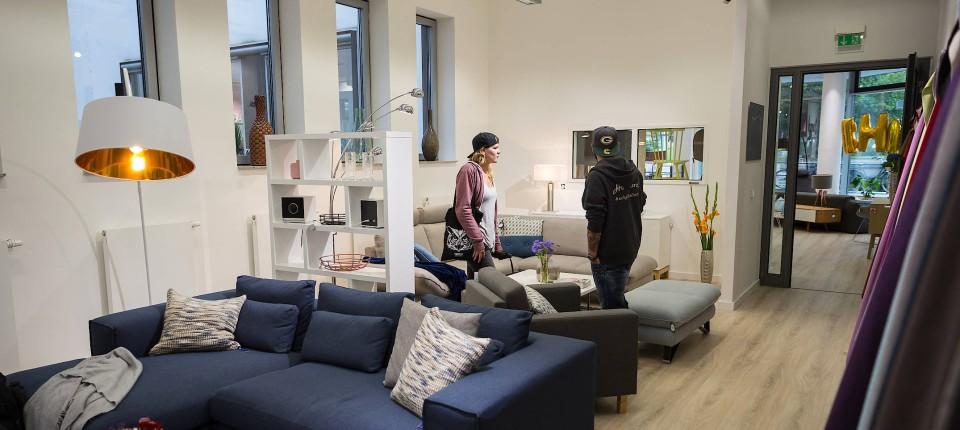 Möbelhändler Home24 Mit Starkem Börsendebüt