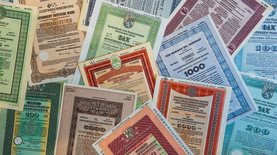 Früher bekam man als Aktionär seine Anteilscheine an einem Unternehmen noch in Form von Tafelpapieren.