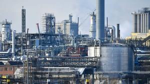 BASF zieht den Aktienmarkt nach unten