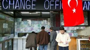 Türkische Lira auf Rekordtief
