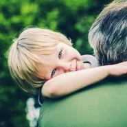 Was müssen Pflegeeltern leisten? Wir haben mit einer langjährigen Pflegemutter gesprochen.