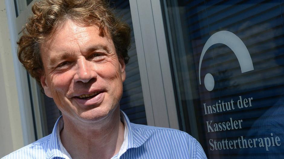Alexander Wolff von Gudenberg, Gründer der Kasseler Stottertherapie