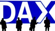 Dax schließt wieder unter 12.000 Punkten