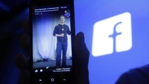 Facebook wächst dank Smartphones