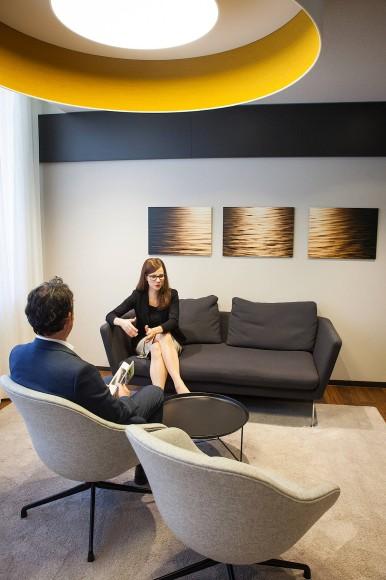 bild zu die bankfilialen der zukunft bild 1 von 1 faz. Black Bedroom Furniture Sets. Home Design Ideas