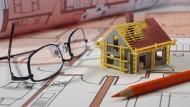 Der Kauf einer Immobilie ist für viele Menschen die größte Finanztransaktion ihres Leben.
