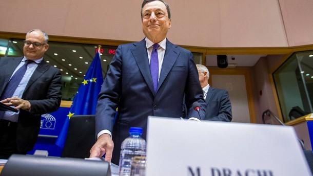 Draghi macht es weiter spannend