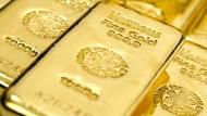 Es gibt unterschiedliche Wege in Gold zu investieren.