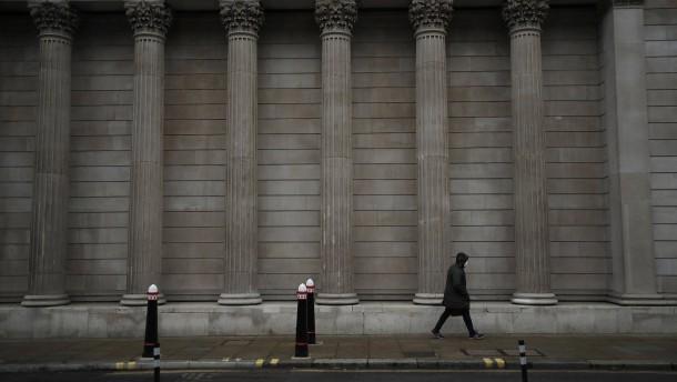 Bank of England gibt vorsichtige Signale für geldpolitische Straffung
