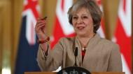 Vor einer Grundsatzrede der britischen Premierministerin Theresa May zum Brexit mehren sich Anzeichen, dass die britische Regierung auf EU-Konfrontationskurs wird.