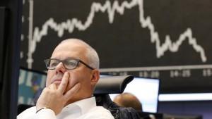 Börsianer warten auf Neuigkeiten aus Brüssel und Athen