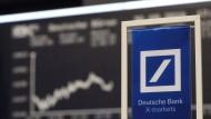 Das Spiel der Hedgefonds mit der Deutschen Bank