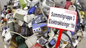 Verbraucherzentralen finden Elektromüll-Rückgabe zu kompliziert