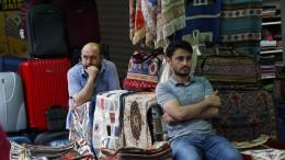 Die Lira fällt um 20 Prozent