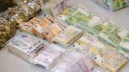 Bareinzahlungen von 10.000 Euro an nur noch mit Herkunftsnachweis