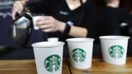 Starbucks enttäuscht Anleger mit Geschäftsausblick