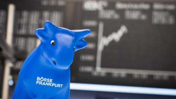 Dax vor amerikanischem Zinsentscheid auf Rekordhoch