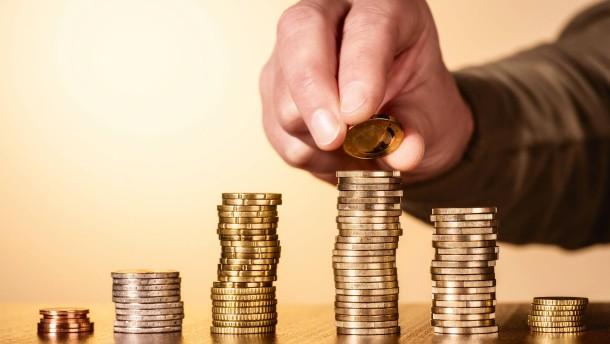 Sparkonten und Fonds bei Anlegern besonders beliebt