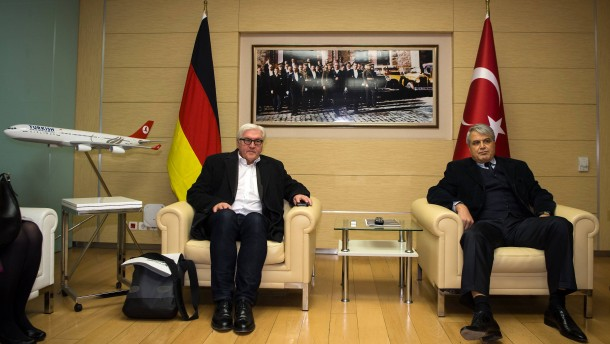 Steinmeier zu Regierungsgesprächen in der Türkei