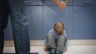 Europa nimmt Stellung zu Prügelstrafe für Kinder