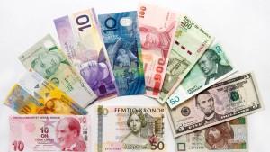 Mit anderen Währungen aus dem Euro-Dilemma