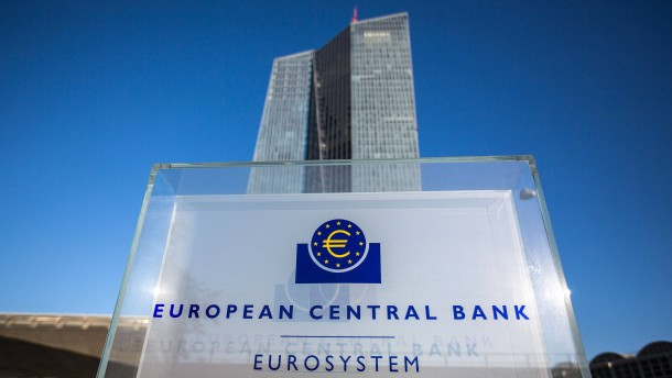 EZB kauft auch in nicht-öffentlichen Verfahren