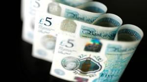 Brexit-Spekulationen schieben Pfund auf Zweieinhalb-Monats-Hoch