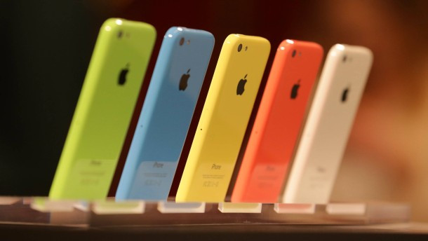 Apple gibt Investoren nach und schüttet mehr Geld aus