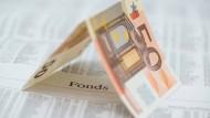 Regelmäßig Geld in ETFs gesteckt, macht Dinge einfacher und das Ergebnis womöglich besser.