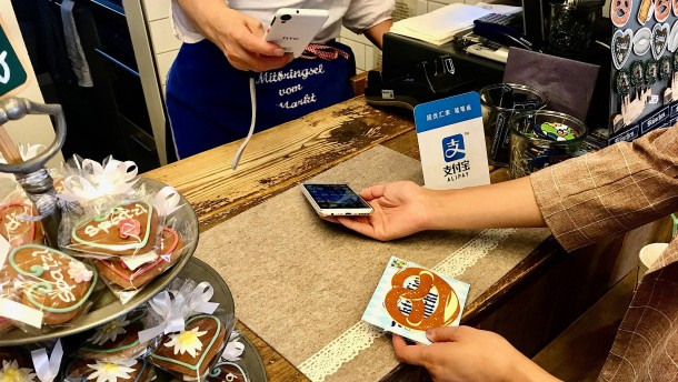Finger weg von China-Apps Alipay und Wechat