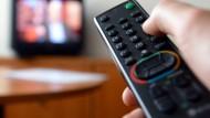Einschalten kostet nur einen Tastendruck. Doch was kosten ARD und ZDF wirklich?