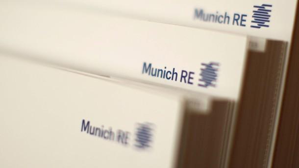 Munich-Re-Finanzchef schließt Gewinnrückgang nicht aus