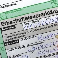 Auch für den Pflichtteilsanspruch im Nachlass müssen Erben Erbschaftssteuer bezahlen.