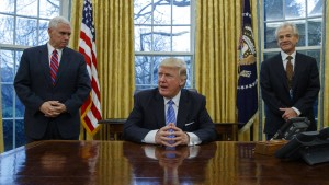 Trumps neuer Direktor für Welthandel irritiert Ökonomen