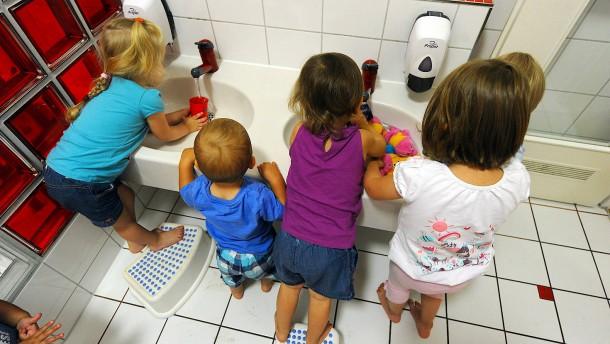 Ab Juli zahlt der Staat mehr Geld für Kinder