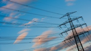 Strompreis sinkt erstmals seit 15 Jahren