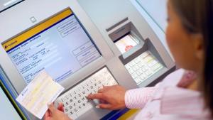 Postbank-Kunden können an Serviceterminals kein Geld überweisen