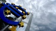 Banken rechnen mit niedrigeren Anleiherenditen