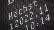 EZB katapultiert Dax über 12.000-Punkte-Marke
