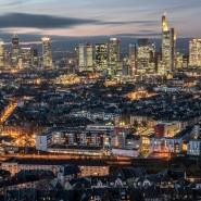 Bankenaktien leiden - die Skyline von Frankfurt