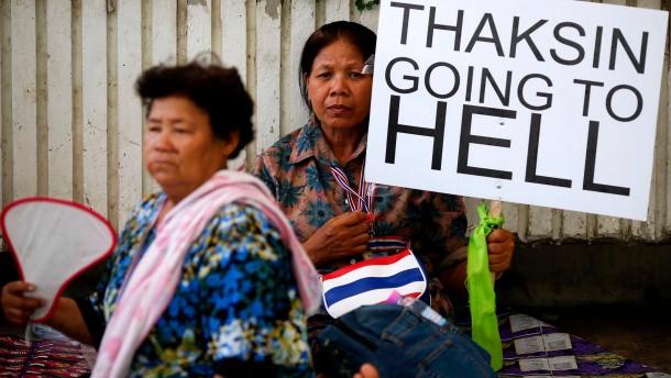 Thailand blickt in den Abgrund