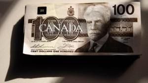 Starker Dollar überdeckt Risiken