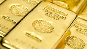Goldpreis fällt auf Vierjahrestief