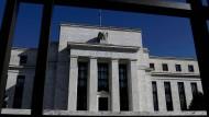 Die Federal Reserve lässt sich ein wenig in die Karten schauen, weil sie Anleger nicht erschrecken will.