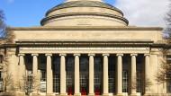 Ein College-Besuch kostet so viel wie ein A-Klasse Mercedes