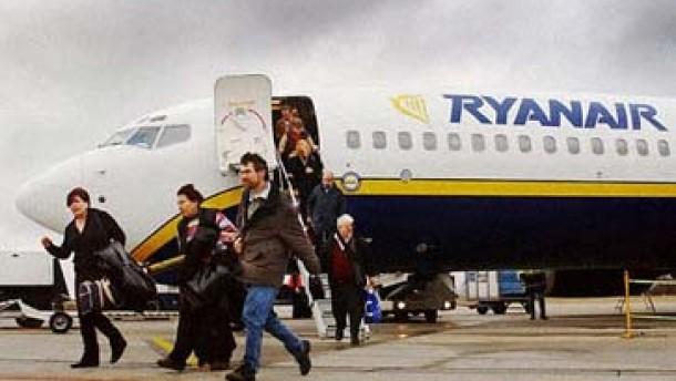Ryanair gute Zahlen - problematische Branche