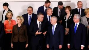 Nato diskutiert über Aufrüstung an der Ostflanke