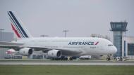 Air France will seine A380-Flotte halbieren: Bald wird es weniger Flugriesen in den Farben der französischen Fluggesellschaft geben.