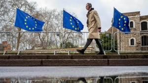 Einige Finanzfirmen kümmern sich erst jetzt um Brexit-Lizenz